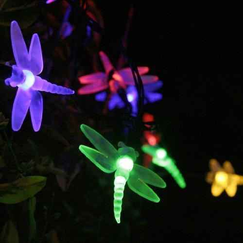 12 id es lumineuses pour clairer et d corer votre jardin. Black Bedroom Furniture Sets. Home Design Ideas