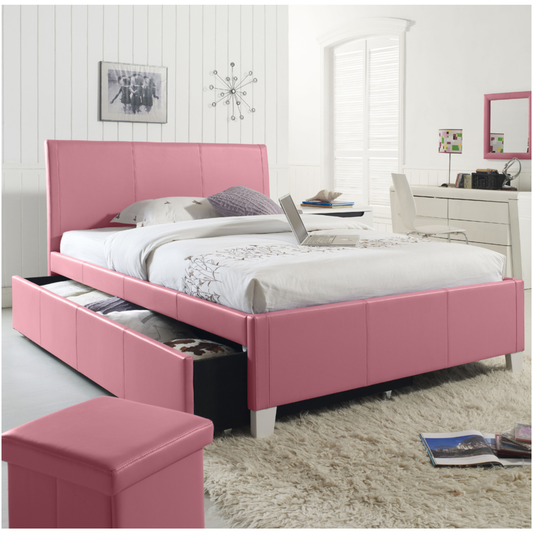 les 20 meilleures id es pour une d coration de chambre d. Black Bedroom Furniture Sets. Home Design Ideas