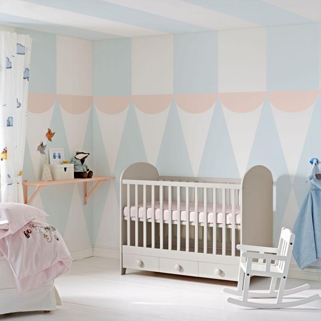 8 conseils pour bien choisir la peinture de la chambre de b b. Black Bedroom Furniture Sets. Home Design Ideas