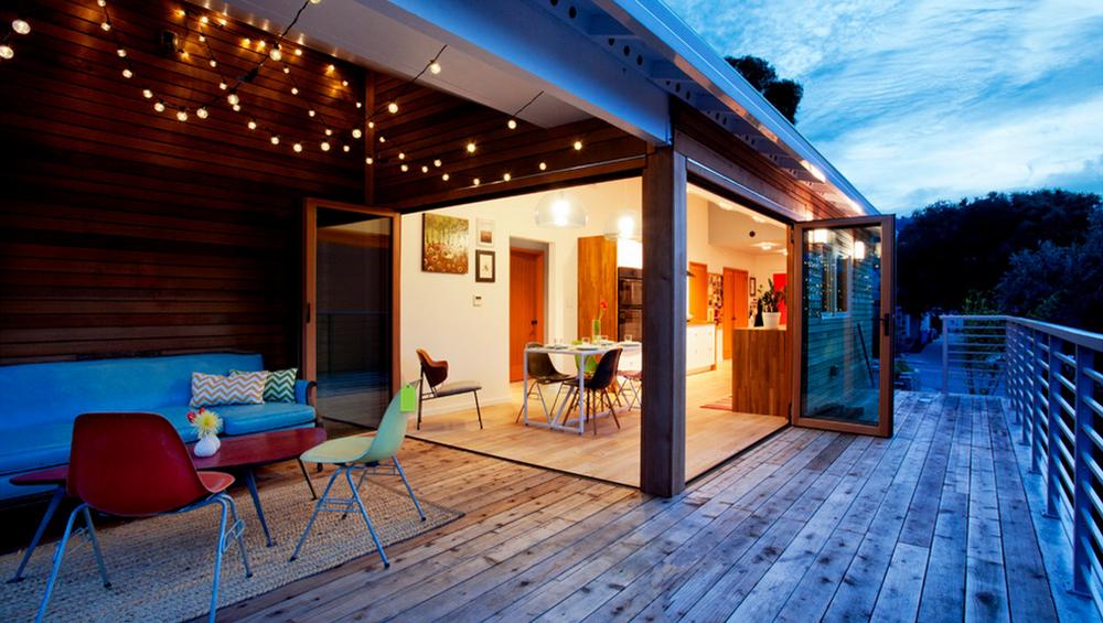 Nos 10 plus belles id es d co pour une terrasse d 39 t agr able for Lampe exterieur pour pergola