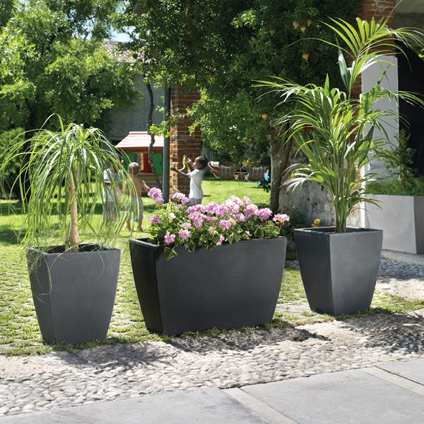 Pot pour terrasse exterieur photos de conception de for Plantes pour pots exterieur