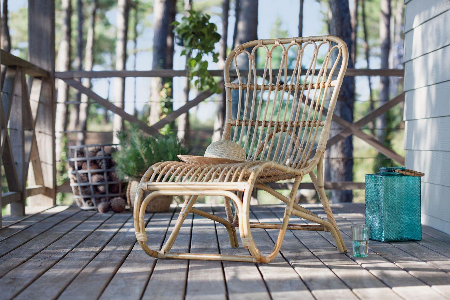 15 transats ou chaises longues design poser au bord de for Transat ou chaise longue